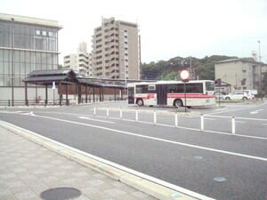 togostation_bus_stop1.jpg