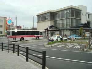 togostation_bus_stop2.jpg