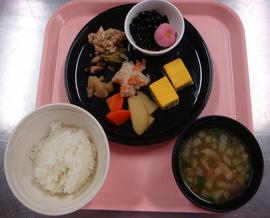 2日おせち常食.png